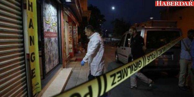 İstanbul'da ilginç soygun: 10 kişiyle gelip...