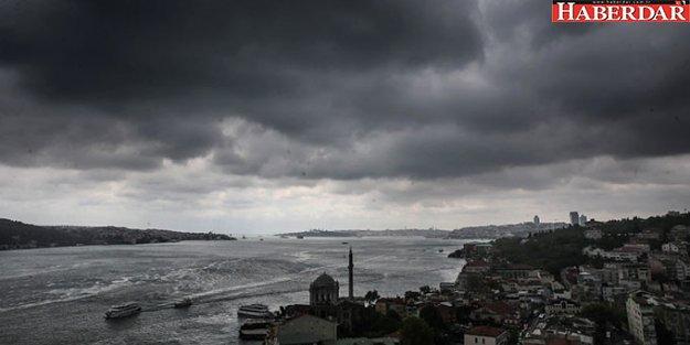 İstanbul'da Öğle Saatlerinden İtibaren Sağanak Yağmur Bekleniyor