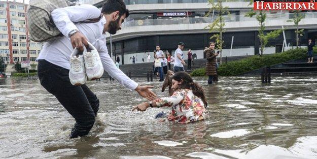 İstanbul'da Öğleden Sonra Daha Ciddi Yağış Bekleniyor