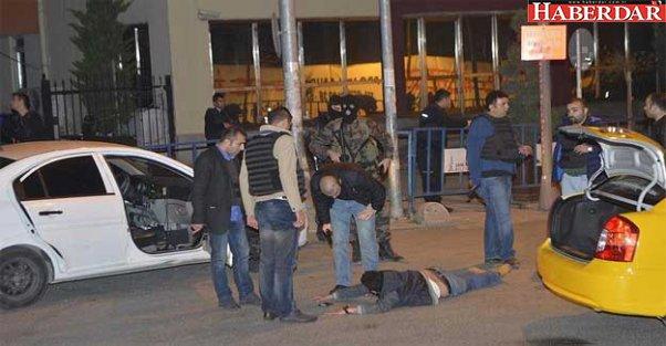 İstanbul'da şüpheli bir kişi polise ateş açtı