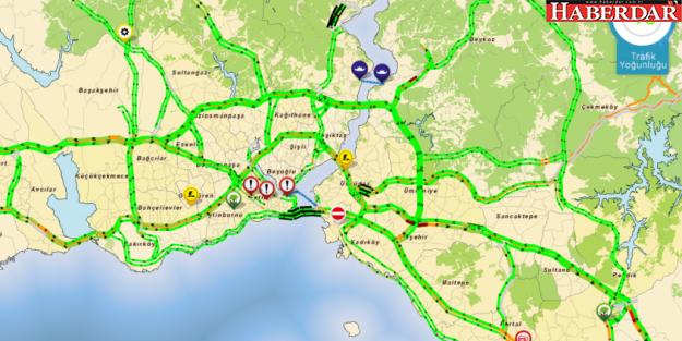 İstanbul'da tatil başladı, yollar boş kaldı...