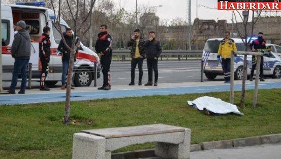 İstanbul'da vahşet! Tartıştığı arkadaşının boğazını kesti