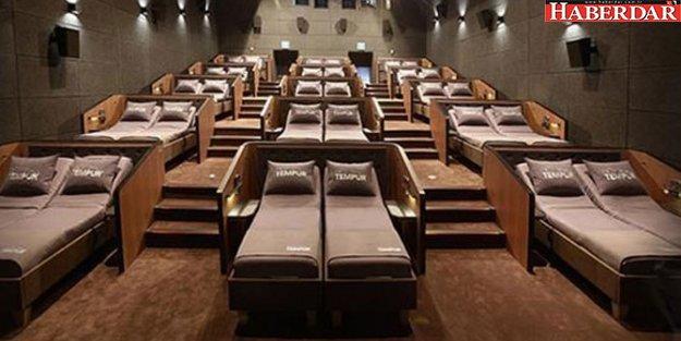 İstanbul'da yataklı sinema salonu açıldı: İşte şaşırtan bilet fiyatları