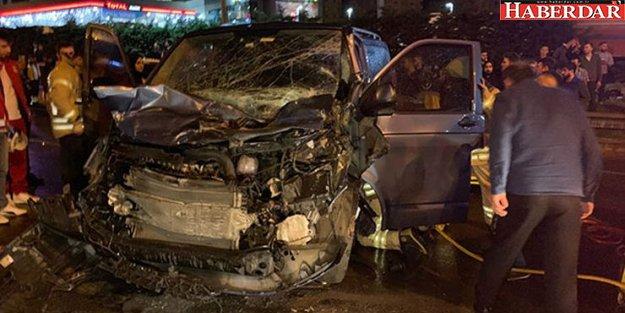 İstanbul'da zincirleme kaza! 12 araç birbirine girdi
