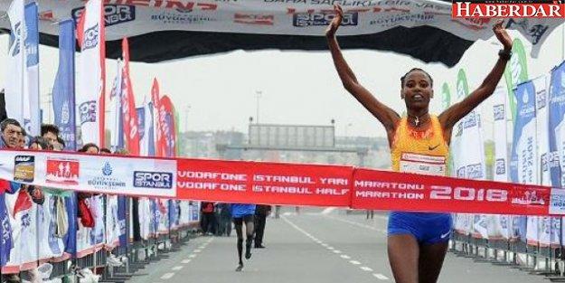 İstanbul'dan yarı maraton rekoru çıktı