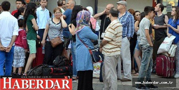 İstanbul Otogarı'nda Biletler Tükeniyor