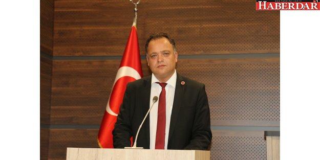 İstanbul'un en önemli sorununa parmak bastı...