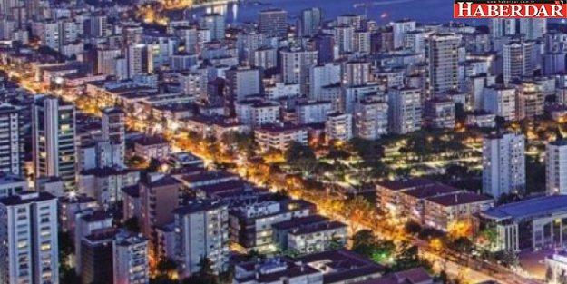 İstanbul'un en pahalı caddesi batıyor