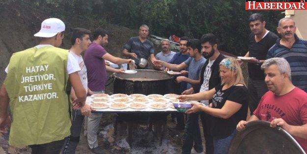 İSTANBUL'DA KAZANLAR KAYNADI