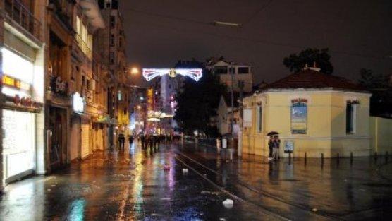 İstanbul'da yağmur gece de etkili oldu