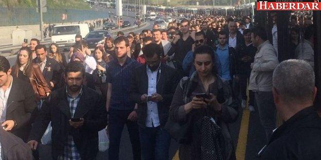 İstanbullu yine yolda kaldı: Seferler durdu