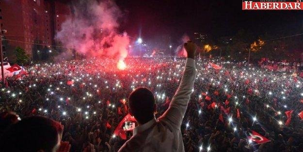 İşte İstanbul sokaklarını süsleyen Ekrem İmamoğlu afişi