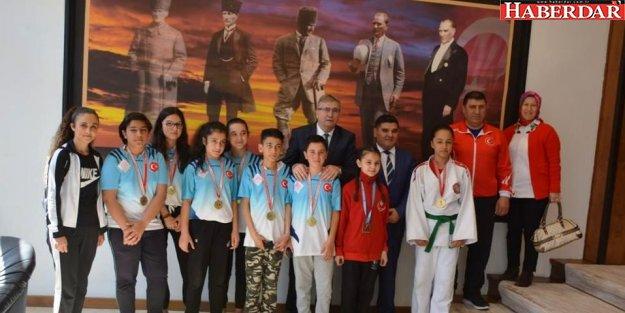 Kara, Şampiyon Bocce ve Judo Takımını tebrik etti