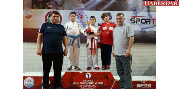 Karate Takımımızdan 10 Madalya!
