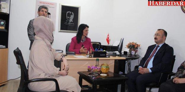 Kaymakam Dr. Mehmet ÖZEL 'den EMANET 'e ZİYARET.