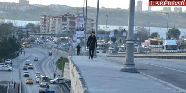 Korkulukları Unutulan Köprü Tehlike Yaratıyor