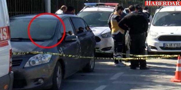 Küçükçekmece'de Araç İçinde Erkek Cesedi Bulundu