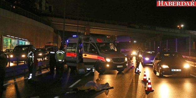 Küçükçekmece'de Motosiklet Devrildi: 1 Ölü, 1 Yaralı