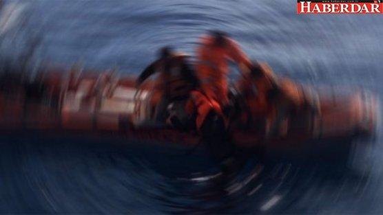 Kuşadası'nda bot faciası: Ölü ve yaralılar var