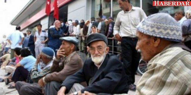 Mahkemeden, milyonlarca emekliyi sevindirecek karar