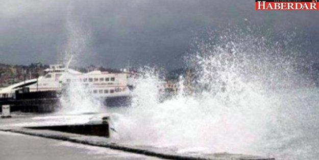 Marmara Denizi'nde fırtına: Seferler iptal edildi!