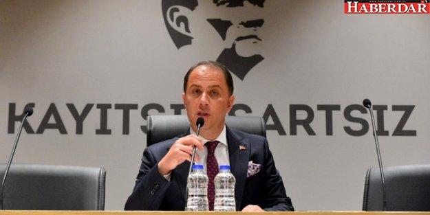 Mehmet Murat Çalık: Herkese eşit mesafede duracağım