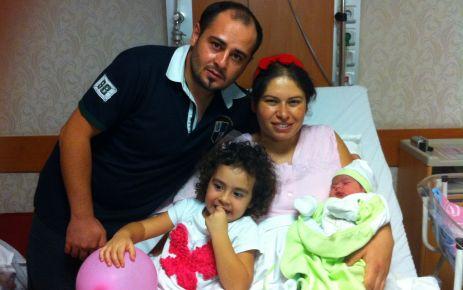 Mert ailesine yeni bebek geldi