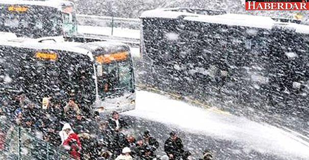 Metrobüsler Kaza Yaptı! Avcılar'a Seferler Yapılamıyor