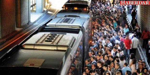 Metrobüste yeni dönem: Bugün başladı!
