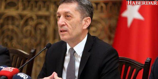 Milli Eğitim Bakanı Ziya Selçuk'tan iki kritik açıklama