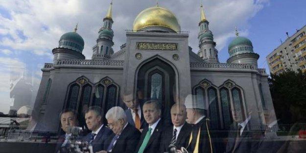 Moskova'da 111 Yıllık Cami Açıldı