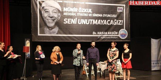 Münir Özkul Dünya Tiyatrolar Günü'nde unutulmadı