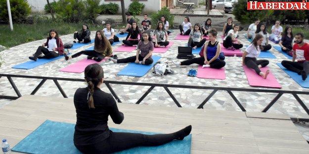 Obeziteye karşı yoga