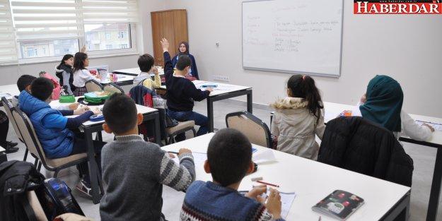 Pendik Belediyesi öğrencileri TEOG'a hazırlıyor