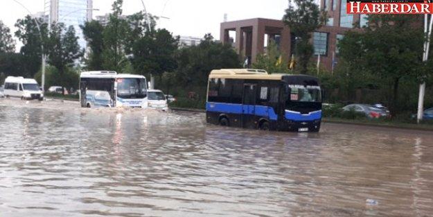 Ramazan Bayramı'nda Yurdun Büyük Bir Bölümü Yağmurlu Geçecek