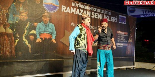 Ramazan tiyatro ile şenleniyor