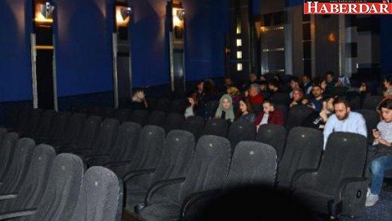 'Reis' filmi koltukları boş kaldı