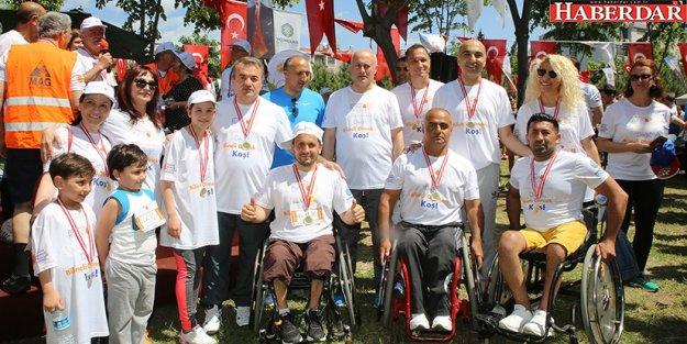Runtofd Bakırköy'de bilinçli olmak için koştular