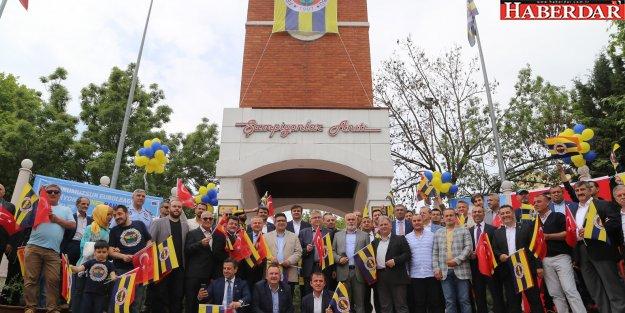 Şampiyon Fenerbahçe'nin bayrağı Büyükçekmece'de dalgalanacak!