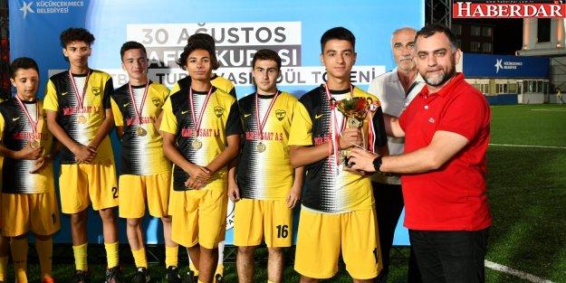 Şampiyon İstanbul Demir
