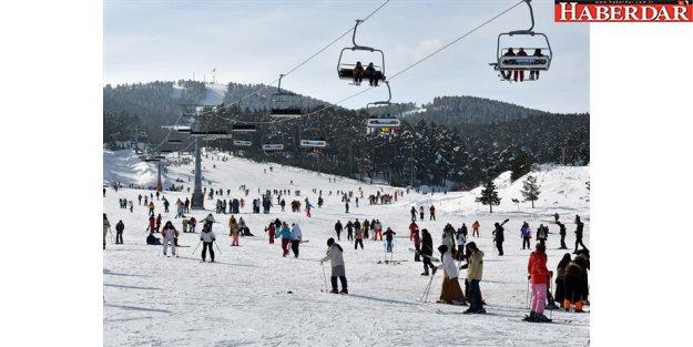 Sarıkamış'ta kristal kar üzerinde kayak keyfi