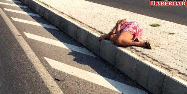 Şehirler arası yolda sızıp kalan kadını sağlık ekipleri uyandırdı