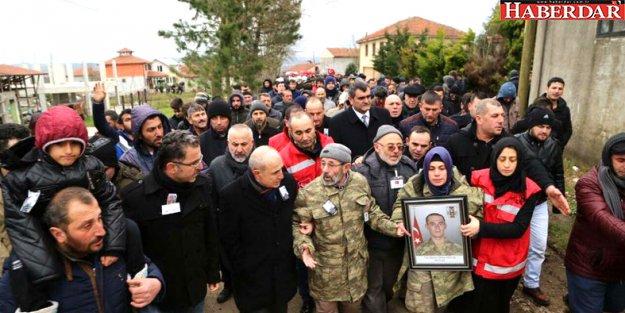 Şehit Tankçı Er Akkuş Sakarya'da toprağa verildi