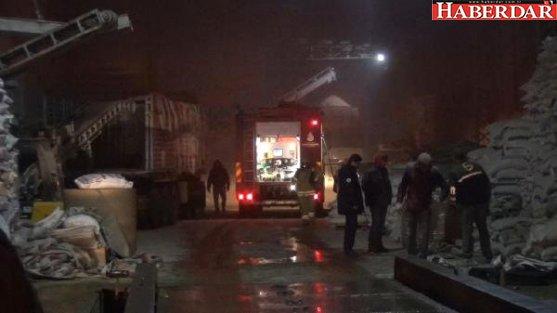 Silivri'de Un Fabrikasında Yangın