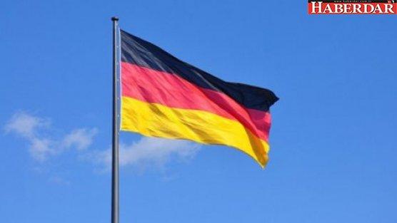 Şimdi de Almanya uyardı: Seyahat...