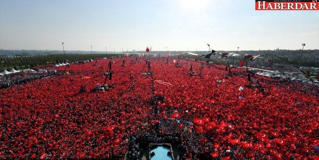 Son dakika: Yenikapı'da tarihi görüntü... Erdoğan, Yıldırım, Kılıçdaroğlu, Bahçeli...