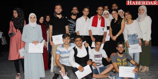 Suriyeliler Türkçe öğrendi