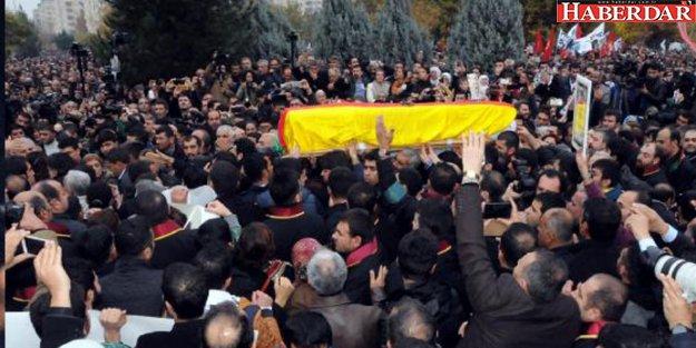 Tahir Elçi'yi son yolcuğluğuna 50 bin kişi gözyaşlarıyla uğurladı