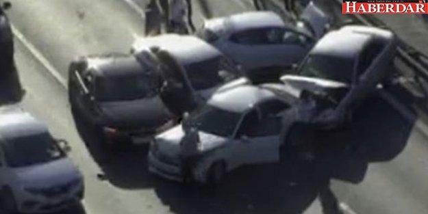 TEM'de 5 Aracın Karıştığı Zincirleme Kaza! 2 Şerit Trafiğe Kapatıldı