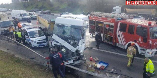 TEM'de hafriyat kamyonu dehşeti: Bir polisimiz şehit